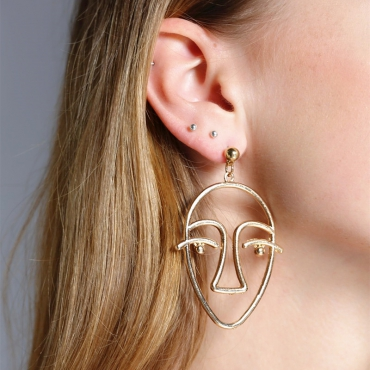 Vintage Hollow-out Gold Earring